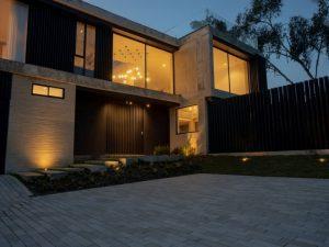 Casa Andaluza proyecto residencial con lámparas Fokuss