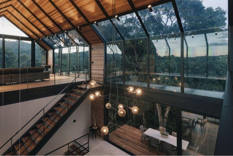 Lámparas de cortiva para espacios de doble altura